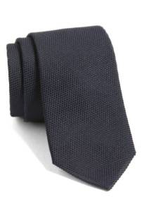 BOSS Solid Silk Tie ($59.90) http://shopstyle.it/l/cNTN